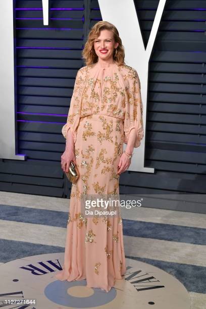 Mireille Enos attends the 2019 Vanity Fair Oscar Party hosted by Radhika Jones at Wallis Annenberg Center for the Performing Arts on February 24 2019...