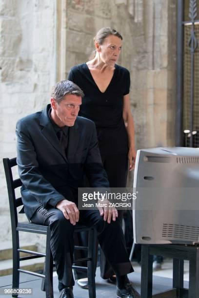 Mireille Herbstmeyer et Philippe Girard le 19 juillet 2016 dans 'Les Sept contre Thèbes Eschyle pièces de guerre' une adaptation pour le théâtre mise...
