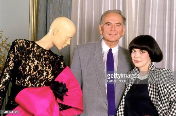 Mireille Mathieu chez Pierre Cardin années 80