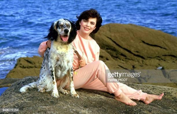 Mireille Mathieu en vacances à Quiberon aout 1985