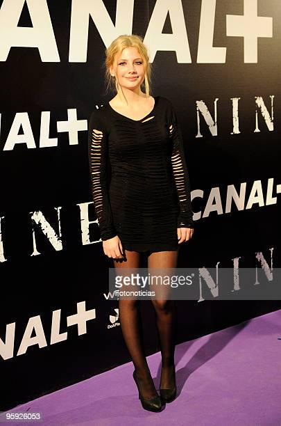 Miriam Giovanelli arrives to the premiere of ''Nine'' at the Capitol Cinema on January 21 2010 in Madrid Spain