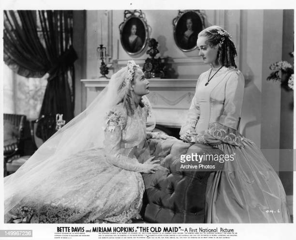 Miriam Hopkins looking at Bette Davis in a scene from the film 'The Old Maid' 1939