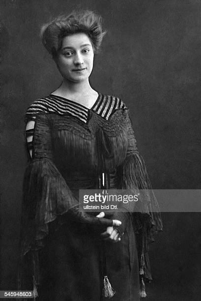 Miriam Horwitz Soubrette SchauspielerinFrau von Erich ZiegelPorträt 1905Foto Becker Maaß