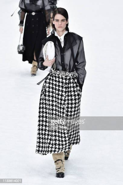 Miriam Sanchez walks the runway during the Chanel show as part of the Paris Fashion Week Womenswear Fall/Winter 2019/2020 on March 05 2019 in Paris...