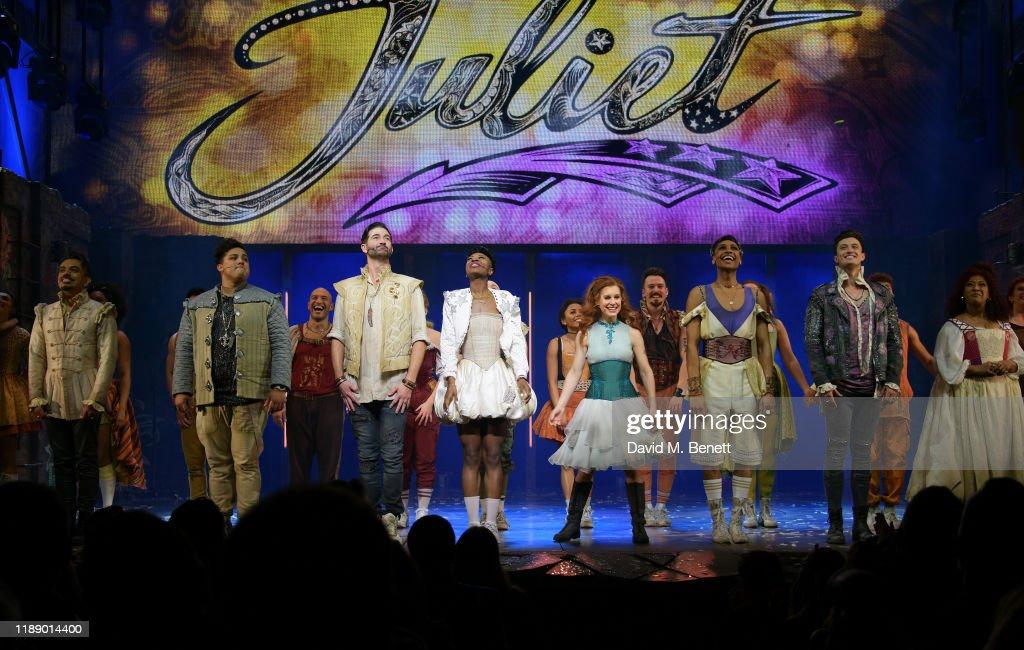 """& Juliet"" - Press Night : News Photo"
