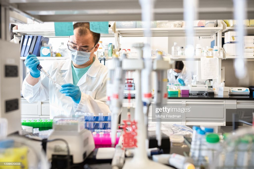 New York Lab Prepares To Test Serum From Recovered COVID-19 Patients For Possible Therapy : News Photo