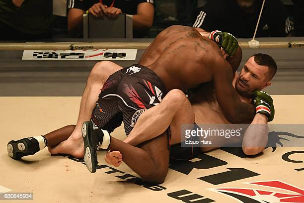 Mirko Cro Cop of Croatia and King Mo of the United States compete in the bout during the RIZIN Fighting World GP 2016 second round at Saitama Super...