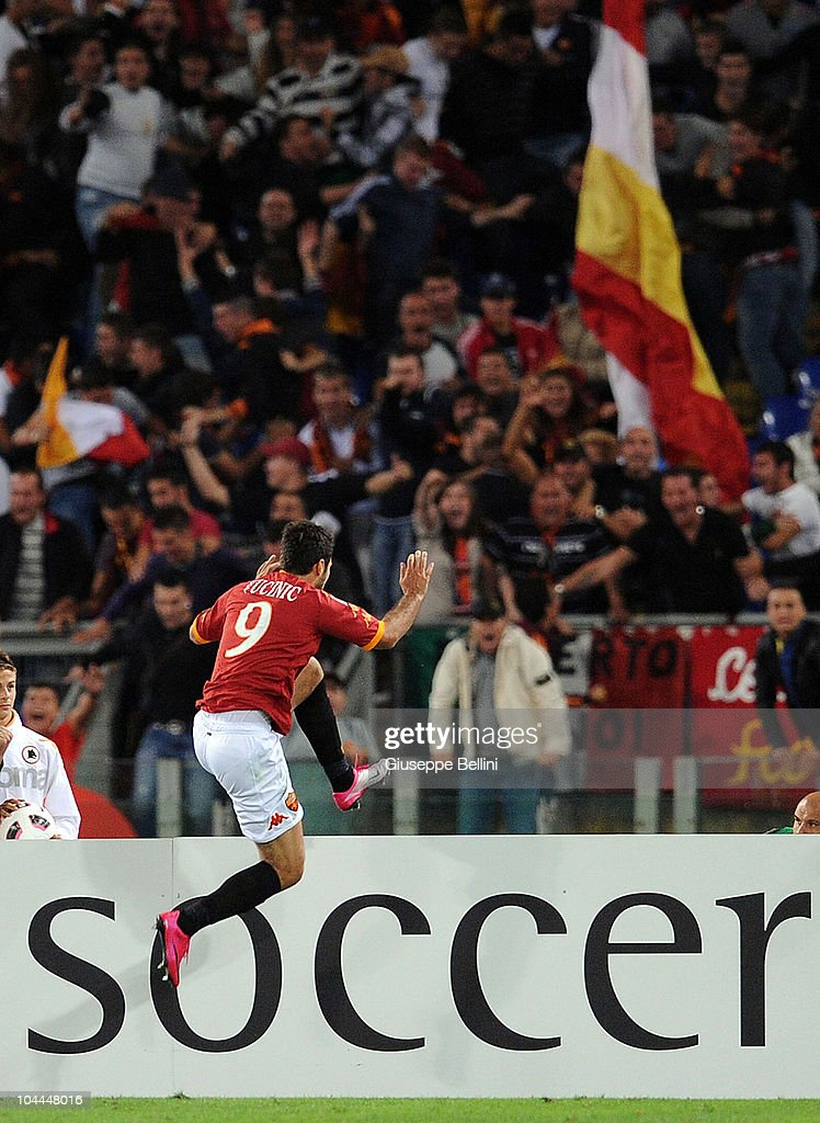 Mirko Vucinic of Roma celebrates after scorig the 1-0 goal in the 90th minute during the Serie A match between Roma and Inter at Stadio Olimpico on September 25, 2010 in Rome, Italy.