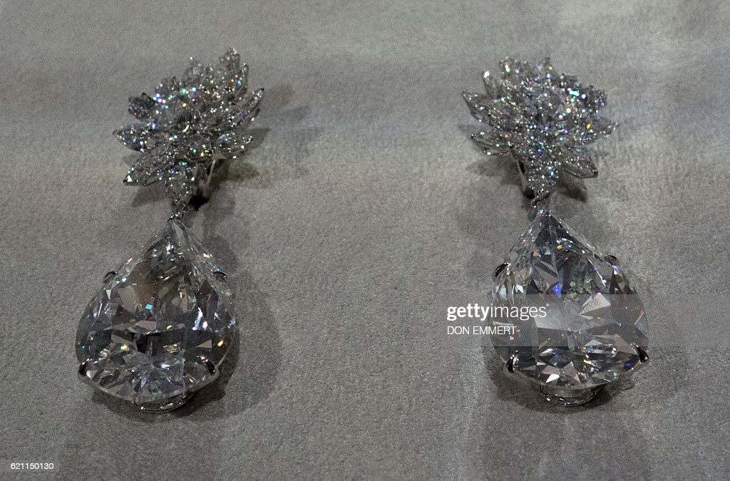 Miroir De Lamour The Worlds Largest Pear Shaped D Colour Flawless Diamond Earrings Are Displayed November 4 2017 In New York