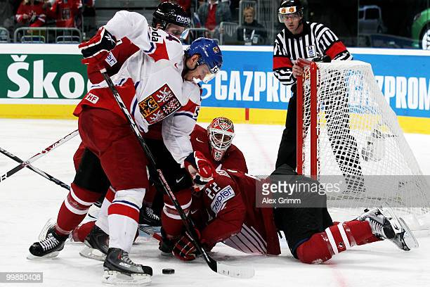 Miroslav Blatak of Czech Republic tries to score against Francois Beauchemin and goalkeeper Chris Mason of Canada during the IIHF World Championship...