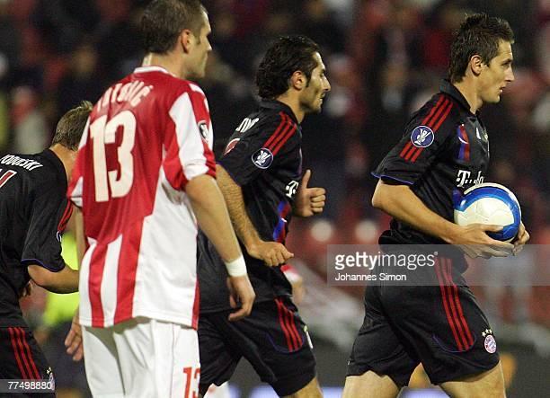 Miroslav Klose of Bayern celebrates after scoring 1-1 during the UEFA Cup group F match between Crvena Zvezda and Bayern Munich at Crvena Zvezda...
