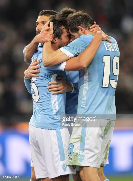 Miroslav Klose of SS Lazio celebrates with his teammates after scoring the team's second goal during the Serie A match between SS Lazio and US...