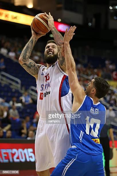 Miroslav Raduljica , Helgi Magnusson Euro Basket 2015 : Serbia - Iceland