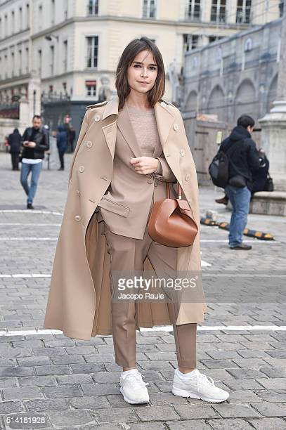 Miroslava Duma is seen arriving at Sonia Rykiel Fashion show during Paris Fashion Week Womenswear Fall Winter 2016/2017 on March 7 2016 in Paris...