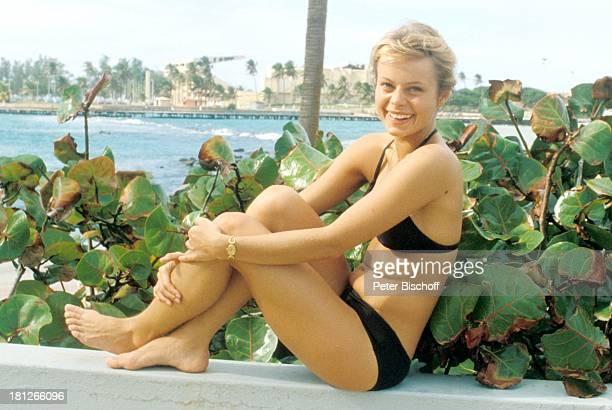 Miroslava Safrankova Dreharbeiten zur ZDFReihe 'Traumschiff' MS 'Vistafjord' Mexico/Mittelamerika Skyline sexy Bikini Meer Wasser Schauspielerin...