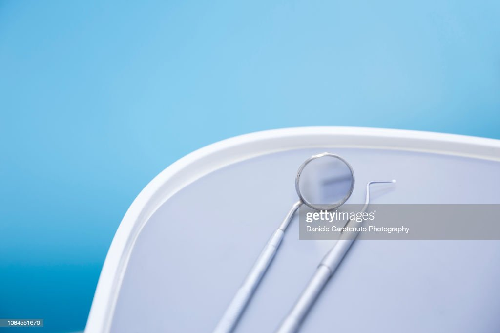 Mirror and scaler : Stock Photo