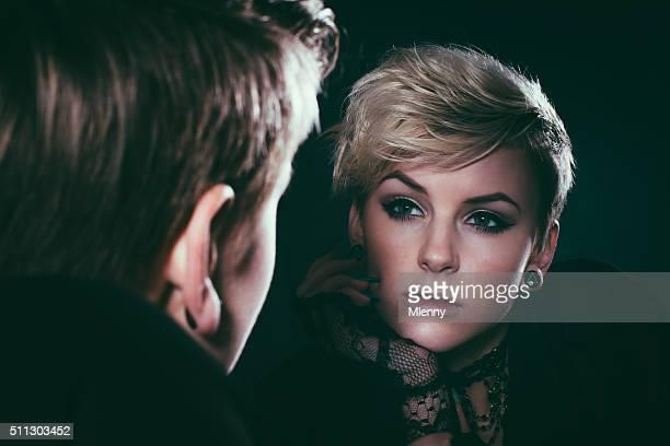 Specchio immagine di donna Ritratto