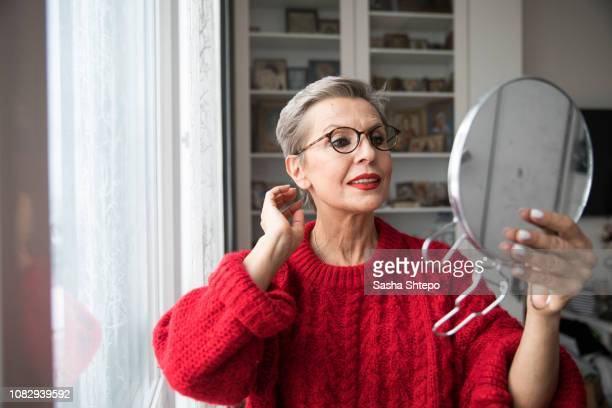mirror - gray hair stock pictures, royalty-free photos & images