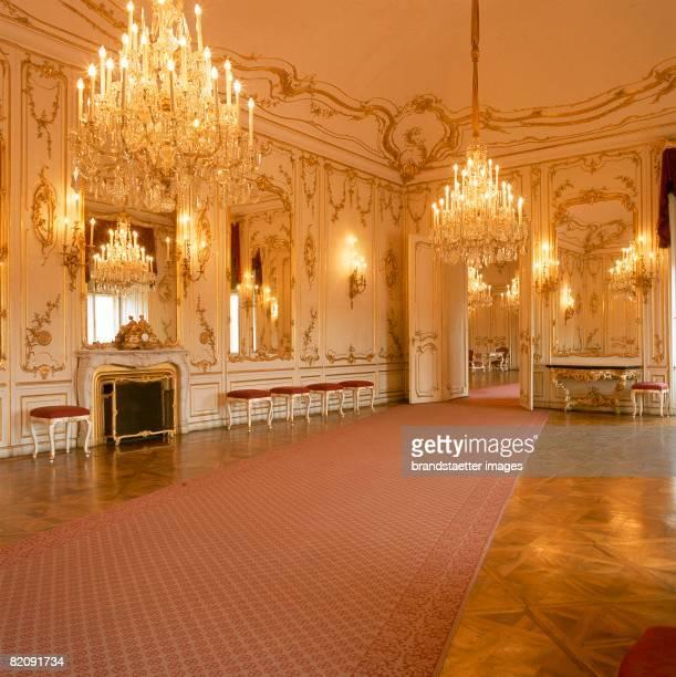 Mirrors Room in Schoenbrunn Palace Vienna Photography Around 1990 [Spiegelzimmer im Schloss Schnbrunn Wien Photographie Um 1990]