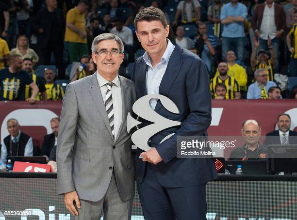 Mirsad Turkcan former basketball player receive from Jordi Bertomeu President and CEO Euroleague Basketball the award of Legend of Basketball at the...