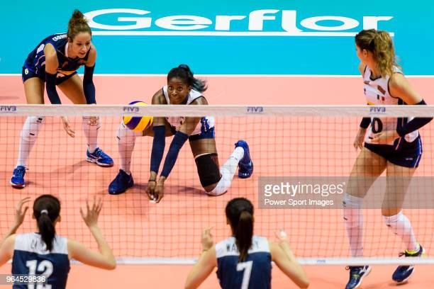 Miryam Fatime Sylla of Italy defends during the FIVB Volleyball Nations League Hong Kong match between China and Italy on May 31 2018 in Hong Kong...
