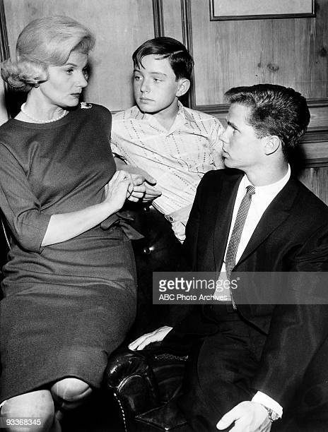 BEAVER Misc 19571963 Barbara Billingsley Jerry Mathers Tony Dow