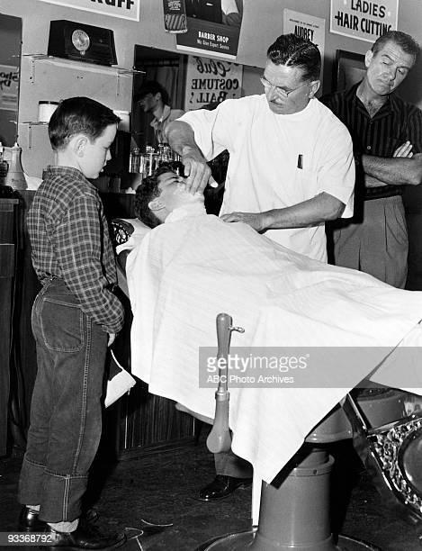 BEAVER 'Misc' 19571963 Jerry Mathers Tony Dow Howard McNear Hugh Beaumont