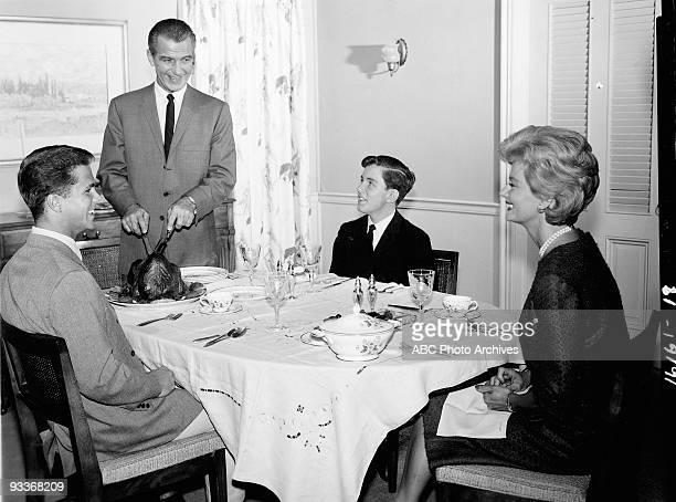 BEAVER 'Misc' 19571963 Tony Dow Hugh Beaumont Jerry Mathers Barbara Billingsley