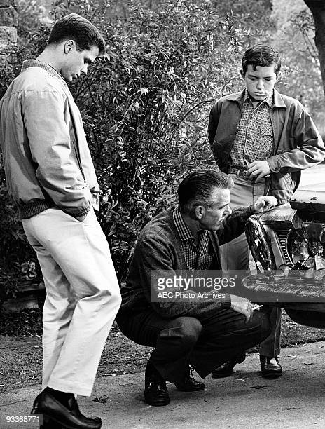 BEAVER Misc 19571963 Tony Dow Hugh Beaumont Jerry Mathers