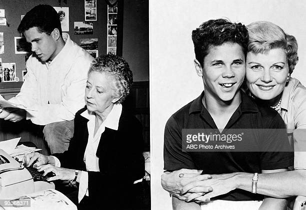 BEAVER 'Misc' 19571963 Tony Dow Muriel Montrose Dow Tony Dow Barbara Billingsley