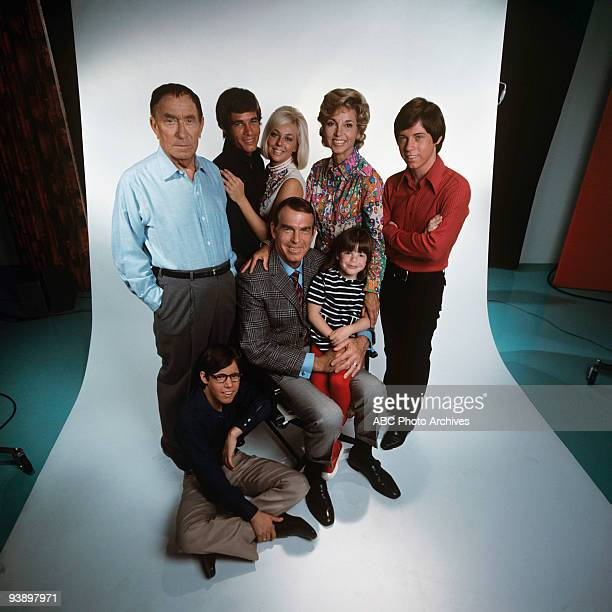 SONS Misc 19661972 William Demarest Barry Livingston Don Grady Tina Cole Fred MacMurray Dawn Lyn Beverly Garland Stanley Livingston