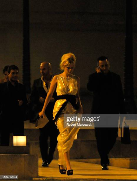 Mischa Barton and her entourage leave the Rosa Clara party at the National Palau on May 18 2010 in Barcelona Spain