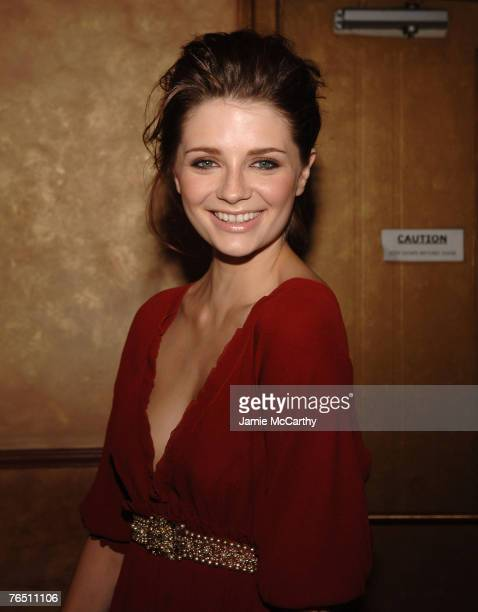 "Mischa Barton arrives during ""Une Journe A Paris"" hosted by Van Cleef & Arpels at Hammerstein Ballroom on September 4, 2007 in New York City."