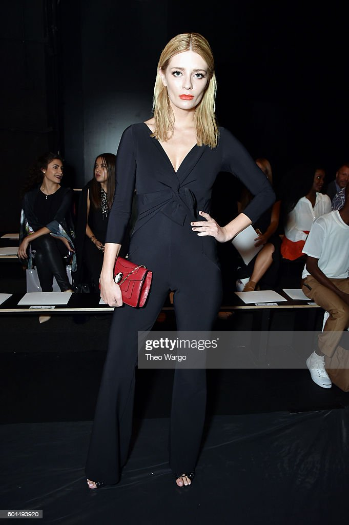 Chiara Boni La Petite Robe - Front Row - September 2016 - New York Fashion Week: The Shows