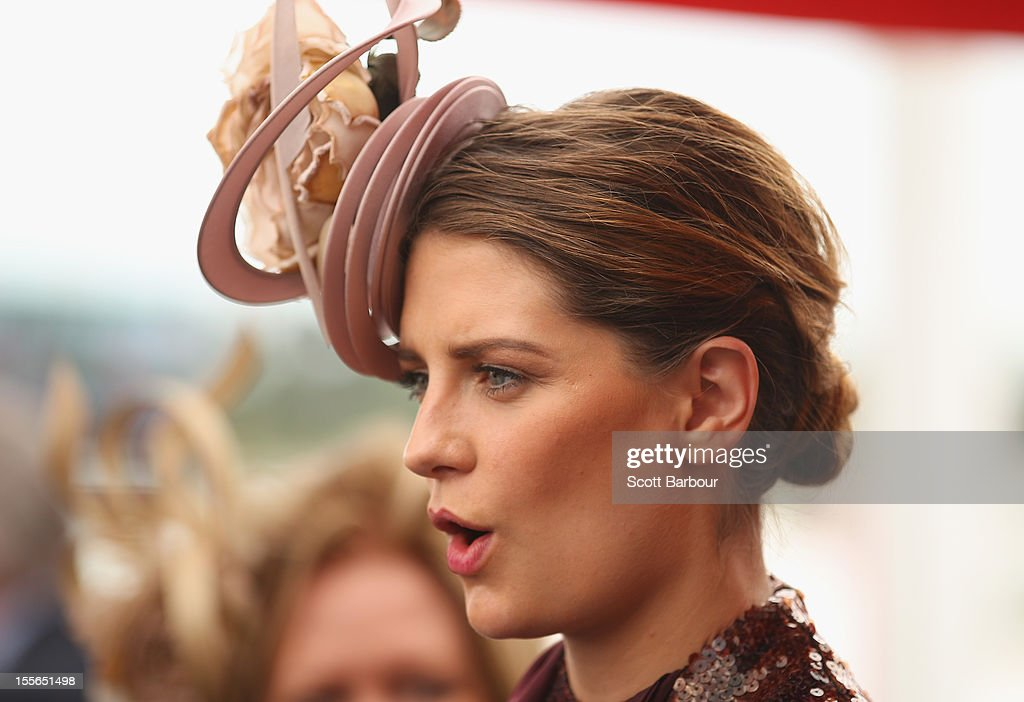 Celebrities Attend The Melbourne Cup : News Photo