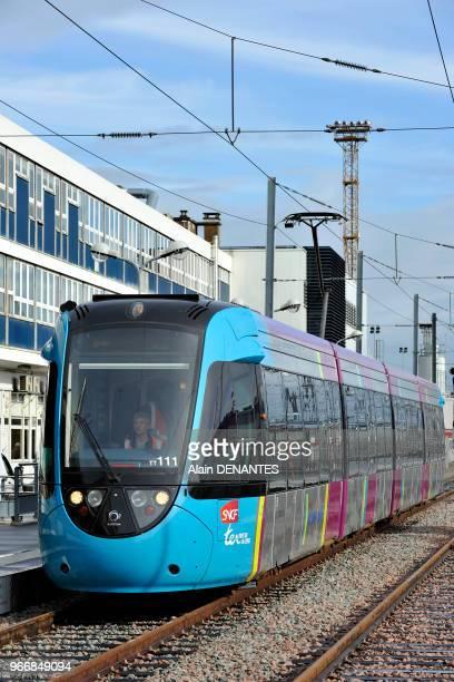 Mise en service de la ligne de TER tramtrain entre Nantes et Chateaubriant ici en gare de Nantes le 28 Fevrier 2014 a Nantes Ouest de la France Le...