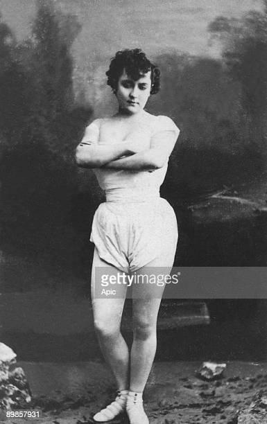 Miss Addah Isaac's Menken maitresse d' Alexandre Dumas pere mistress of french writer Alexandre Dumas the elder sous vetement sousvetement underwear
