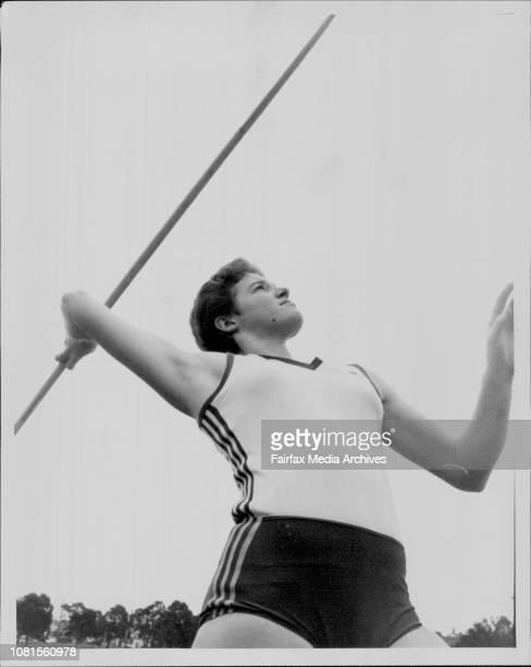 Miss Amanda Thomas under 20 Australian heptathalon champion leaving the blocks with Javalin May 11 1984