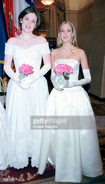 Miss Amelia Eisenhower Mahon left and Mellisa Metzger a 6th generation descendant of George Washington pose for photographers December 29 20000 while...
