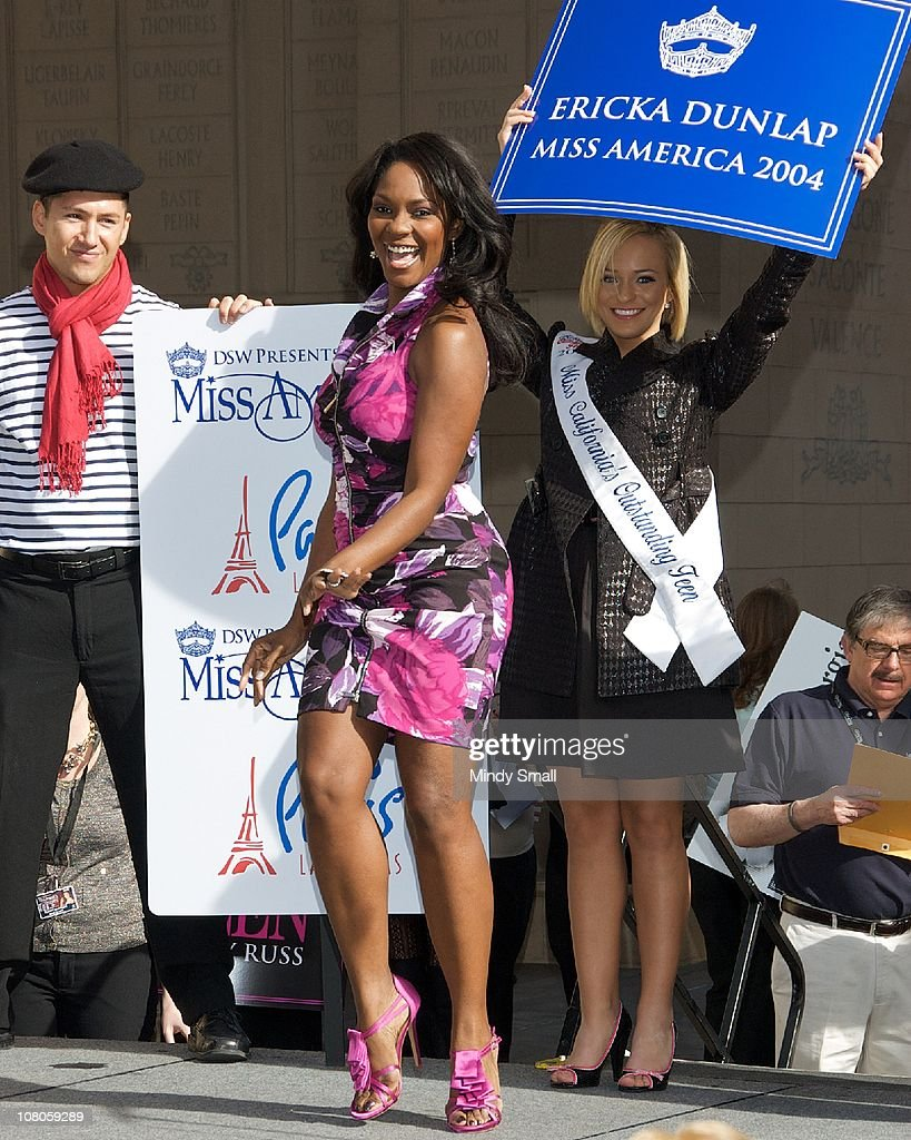 "2011 Miss America's ""Show Us Your Shoes"" Parade"