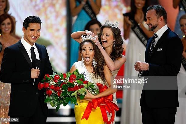 Miss America 2009 Katie Stam crowns Caressa Cameron, Miss Virginia, after she was named the new Miss America as host Mario Lopez and special...