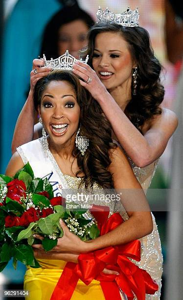 Miss America 2009 Katie Stam crowns Caressa Cameron Miss Virginia the new Miss America during the 2010 Miss America Pageant at the Planet Hollywood...