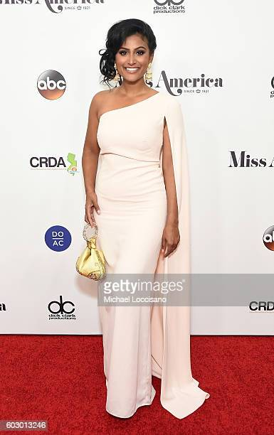 Miss America 2015 Nina Davuluri attends the 2017 Miss America Competition Red Carpet at Boardwalk Hall Arena on September 11 2016 in Atlantic City...