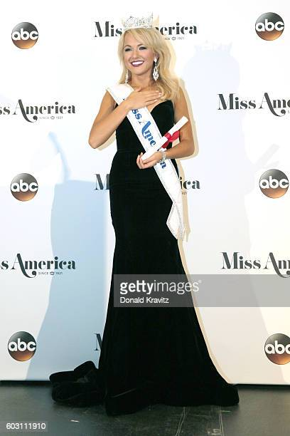 Miss America 2017 Savvy Shields appears during the 2017 Miss America Competition at Boardwalk Hall Arena on September 11 2016 in Atlantic City New...