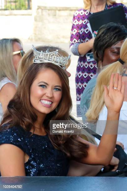 Miss America 2018 Cara Mund waves as she takes her seat at Kennedy Plaza on August 30 2018 in Atlantic City New Jersey