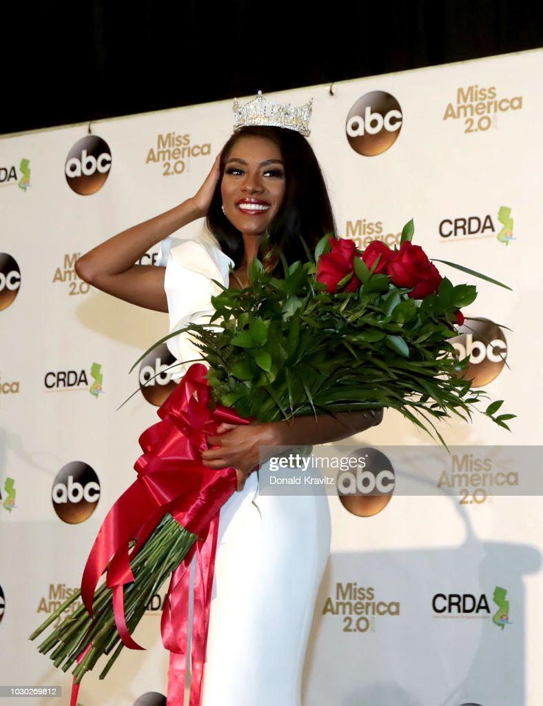 Miss America 2019 Nia Franklin poses at the press conference after being crowned in the 2019 Miss America Pageant at Atlantic City Boardwalk Hall on September 9, 2018 in Atlantic City, New Jersey.