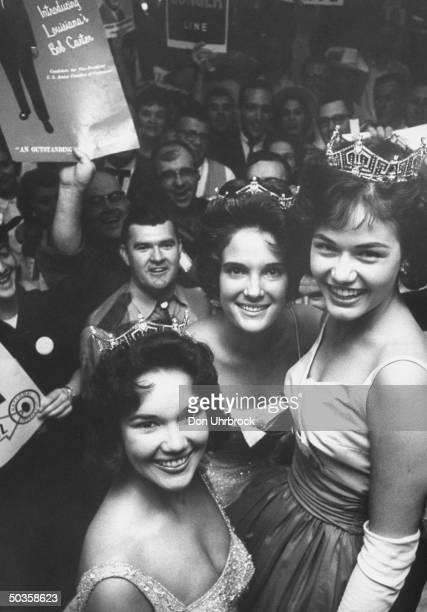 Miss America Nancy Anne Fleming attending Chamber of Commerce convention with 1959 Miss America Mary Ann Mobley and 1960 Miss America Lynda Lee Mead
