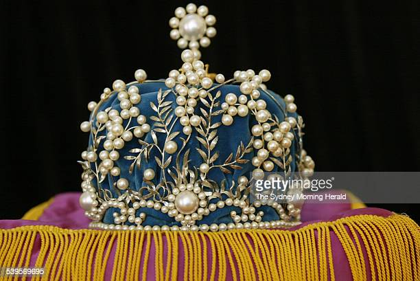 Miss Australia crown at the National Museum of Australia in Canberra where pageant memorabillia was handed over to the museum 18 May 2005 SMH NEWS...