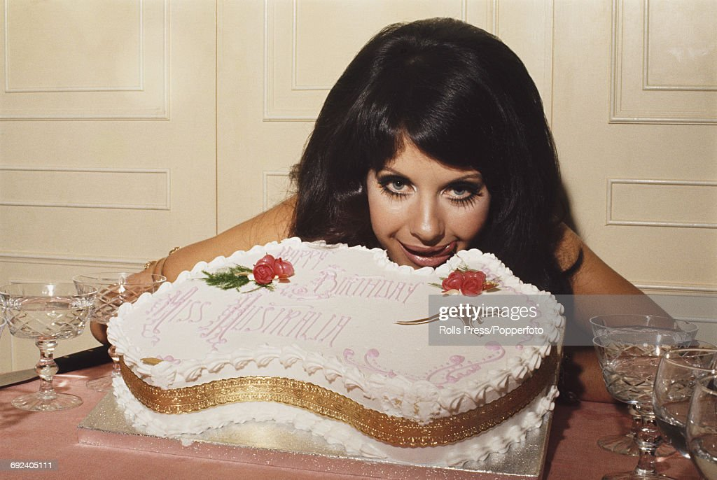 Pleasing Miss Australia Valli Kemp Posed Next To A 20Th Birthday Cake Made Personalised Birthday Cards Veneteletsinfo