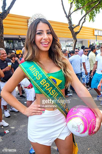 miss brazil usa 2014 - beauty queen stock pictures, royalty-free photos & images